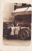 """75-PARIS-CARTE-PHOTO De L'EPICERIE- """"Maison H. RUE""""-- RUE JEAN DOLLFUS-3 FILLETTES Devant Une GROSSE VOITURE ANCIENNE- - Shopkeepers"""