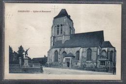 Carte Postale 62. Isbergues L'église Et Le Monument Aux Morts Très Beau Plan - Isbergues
