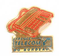 Pin's FRANCE TELECOM - DO BORDEAUX - Le Combiné Télephone RONDO - Objet Vintage - La Boîte à Pin's - H356 - France Telecom