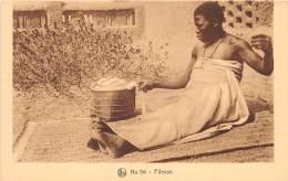 BURKINA FASO - Ethnic H / Une Fileuse - Burkina Faso