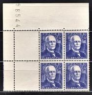 FRANCE 1944 - BLOC DE 4 TP  / Y.T. N° 599 - NEUFS** COIN DE FEUILLE - Unused Stamps