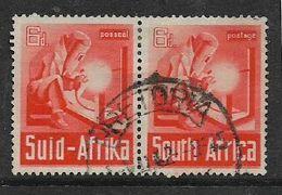 S.Africa 19421, War Effort, 6d   Horizontal Pair,c.d.s. Used - Zuid-Afrika (...-1961)