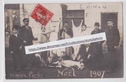 CHINON - Daniel Photo - Noël 1907 - Boucher - Boucherie - Abattoir - Porc - Cochon - Chinon