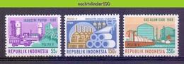 Mgm1372 STAALINDUSTRIE FABRIEK SCHIP VRACHTWAGEN VIJFJARENPLAN GASTANKS SHIP TRUCK STEELINDUSTRY INDONESIA 1989 PF/MNH - Fabrieken En Industrieën