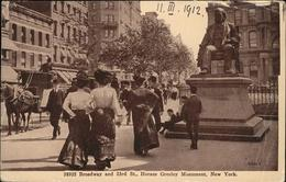 61348554 New York City Broadway Horace Greeley Monument / New York City / - United States
