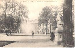 Brussel - Bruxelles - Le Parc Et Le Palais De La Nation - Forêts, Parcs, Jardins