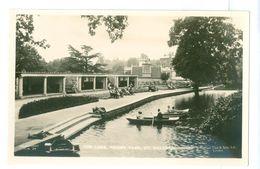 Vintage, UK, Malvern, The Lake-Priory Park. Real Photo Pc, Unused. - Worcestershire