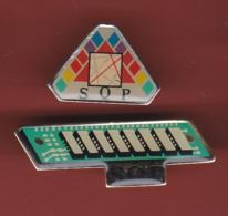 53474-lot De 2  Pin's-informatique.stockage .mémoire. .SQP ... - Computers