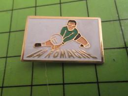 310b Pin's Pins / Beau Et Rare : Thème SPORT / VOLLEY-BALL CLUB LA ROMACHE - Volleyball
