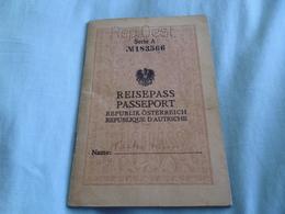 1931 Austria Reisepass Passport Issued Graz. Czechoslovakia Handstamp - Historical Documents