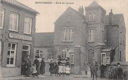 BROUCKERQUE - Ecole Des Garçons - Boulangerie Et épicerie - Other Municipalities