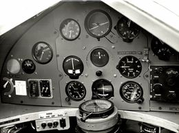 MILES FALCON      +  21* 16 CM - Aviation