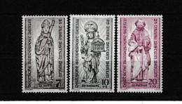 A10425)Berlin 132 - 134**, Mutter Gottes - Neufs