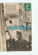 94 - VILLENEUVE SAINT GEORGES - Inondations 1910 - Passerelle Etablie Par Le Genie Pour Traverser Rue De Paris - Villeneuve Saint Georges