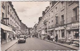 Orne :  ARGENTAN :  Rue De La  Chaussée  ( Banania, 2 Chevaux  Citroên, Cycles-moto ) - Argentan