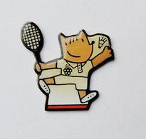 Pin's Mascotte Cobi Tennis JO Barcelone 92 - 16A19 - Pin's