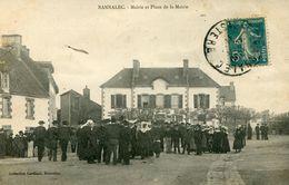BANNALEC *** REUNION PLACE DE LA MAIRIE*** - France