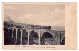 2404 - Saint-Leu ( La Réunion ) - Un Train Passant Sur Le Pont De La Grande Ravine - Cl. O.D.M. - N°50 - - La Réunion