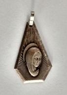 1950's Old Religious Medal Medaille Maria Met Kind Sainte Vierge Marie Notre-Dame Mother Mary Holy Virgin Hubertus Saint - Religion & Esotérisme