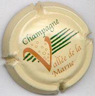 CAPSULE-CHAMPAGNE VALLEE DE LA MARNE N°10 Fond Crème - Vallée De La Marne