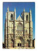 Cpm - 44 - Nantes - RIVER PALACE - Cathédrale Travaux échafaudage Voiture 2 CV CITROEN - Nantes