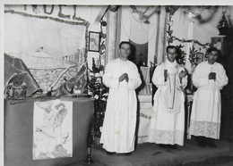 Photo Originale Stalag XIII A. Chapelle Notre Dame De Lagerville. Messe Et Prêtres - Guerre, Militaire
