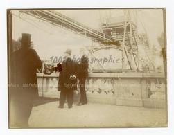 Ostende,... Léopold II Visitant Probablement Une Nouvelle Infrastructure.  Album D'un Voyage à La C& - Photos