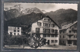 Carte Postale 74. Les Houches  Hotel Des Glacierset L'Aiguille Du Gouter Très Beau Plan - Les Houches