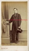 CDV Homme élégant Avec Chapeau Haut De Forme-photo Lejeune Rue De Rivoli à Paris-bel état - Alte (vor 1900)