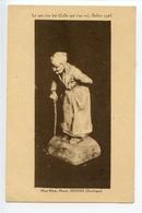 Domme Sculpture De Marguerite Mazet (Celle Qui S'en Va) - Frankreich