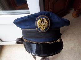 Casquette Militaire à Identifier ! - Casques & Coiffures