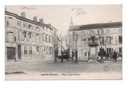 - CPA SAINT-MIHIEL (55) - Place Ligier-Richier - Photo Foliguet - - Saint Mihiel