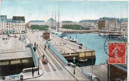 LE HAVRE - Le Bateau De Commerce Et Place Gambetta - Péniche   (109371) - Le Havre