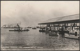 Colombo Harbour And Landing Jetty, Ceylon, 1939 - Plâté RP Postcard - Sri Lanka (Ceylon)