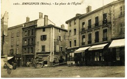 13864 - Rhone - AMPLEPUIS  - La Place De L'Eglise - Amplepuis