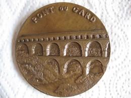 Médaille En Bronze, Le Pont Du Gard  1980 , Par Margaret Harmsworth - France