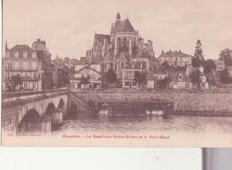 CPA - Mayenne - La Basilique Notre Dame Et Le Pont Neuf - Mayenne