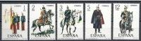ESPAÑA 1978 - UNIFORMES MILITARES - Edifil  2451-55 - Yvert 2096-2100 - Textile