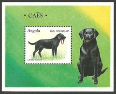 ANGOLA 1998 STAMPS PETS DOGS LABRADOR M/SHEET MNH - Angola