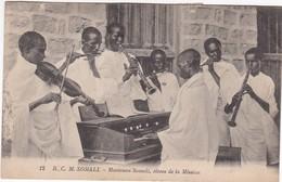 0939 RCM SOMALI - MUSICIENS SOMALI, ELEVES DE LA MISSION - Somalie