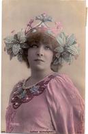 CP - Artiste Théatre - Femme Célèbre - Theater - Sarah Bernhardt - Foto Photo Reutlinger Art Nouveau Diadème - Artistes