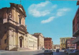 Italie -- Lazio -- Civitavecchia -- La Cathédrale - Civitavecchia