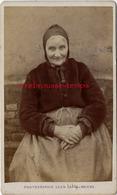 A Voir-CDV Paysanne Picarde- Hortillonnage ? Photographe Léon Caron à AMIENS Rue Des 3 Cailloux-TB état - Anciennes (Av. 1900)