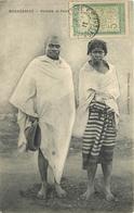 ETHNIQUE - MADAGASCAR - HOMME & FEMME - Africa