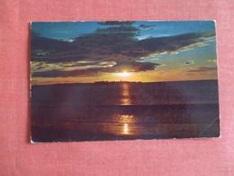 Sunset On Island Of Cardon On Bay Of Corinto  Nicaragua Has Stamp & Cancel -      Ref 3050 - Nicaragua