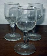 TRE (3) BICCHIERINI H 8,5 CM. - Bicchieri
