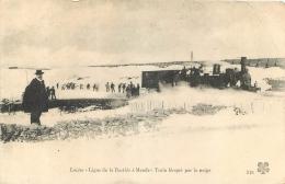 LIGNE DE CHEMIN DE FER DE LA BASTIDE A MENDE TRAIN BLOQUE PAR LA NEIGE - France
