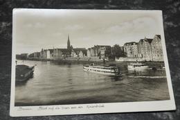2895  Bremen, Blick Auf Die Weser Von Der Kaiserbrücke - Bremen