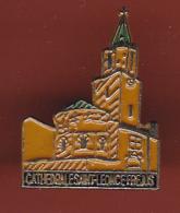 53479-  Pin's-cathedrale Saint Leonce Frejus. .. - Villes