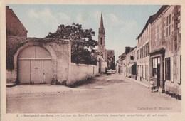 44 BOURGNEUF En RETZ  FILLETTE Devant La PHARMACIE Rue Du Bon PORT Ancien Exportateur De SEL MARIN - Bourgneuf-en-Retz